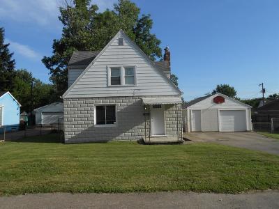 Harrison Twp Single Family Home For Sale: 2220 Martin Avenue
