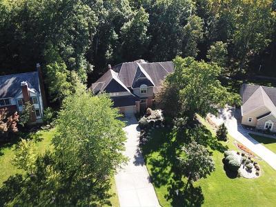 Sharonville Single Family Home For Sale: 9728 Bennington Drive