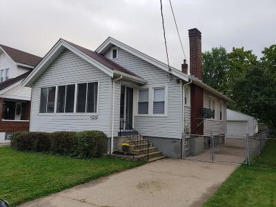 Norwood Single Family Home For Sale: 2453 Williams Avenue