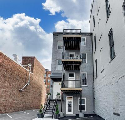 Cincinnati Condo/Townhouse For Sale: 817 Broadway Street #3