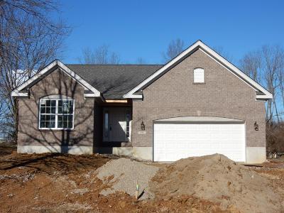 Hamilton Twp Single Family Home For Sale: 698 Oak Forest Drive