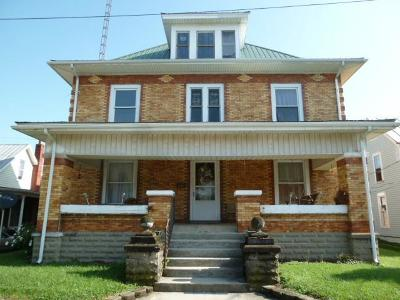 Peebles Single Family Home For Sale: 52 Elm Street