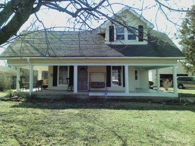 Hamilton Single Family Home For Sale: 1230 Millville Avenue