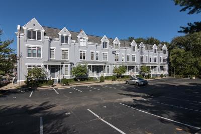 Cincinnati Condo/Townhouse For Sale: 2100 Sinton Ave #8