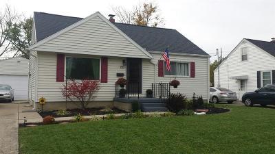 Hamilton Single Family Home For Sale: 233 Thomas Boulevard
