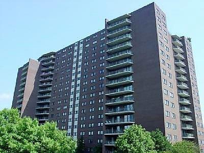 Cincinnati Condo/Townhouse For Sale: 5300 Hamilton Avenue #204