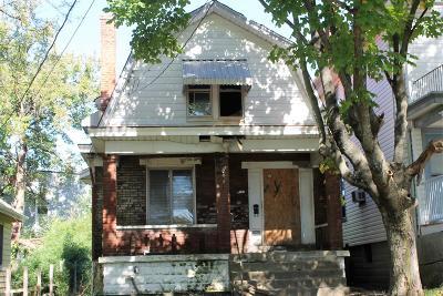 Single Family Home For Sale: 3706 Wieman Avenue