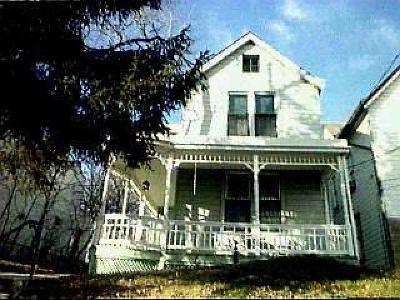 Cincinnati Single Family Home For Sale: 1049 Sunset Avenue