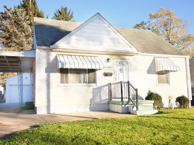 Hamilton Single Family Home For Sale: 318 Todd Place