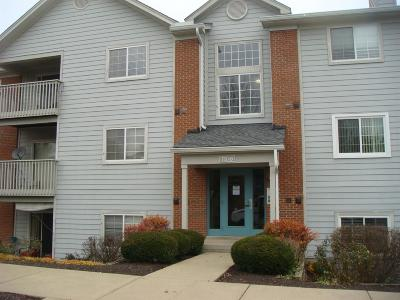 West Chester Condo/Townhouse For Sale: 7516 Shawnee Lane