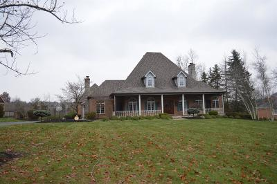 Hamilton Single Family Home For Sale: 220 Heathwood