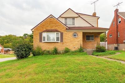 Cincinnati Multi Family Home For Sale: 4701 Embrett Court
