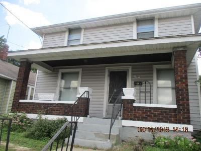 Hamilton Single Family Home For Sale: 777 Woodlawn