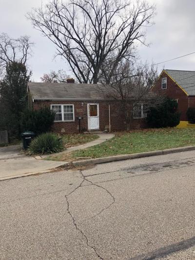 Cincinnati Single Family Home For Sale: 524 Virgil Road