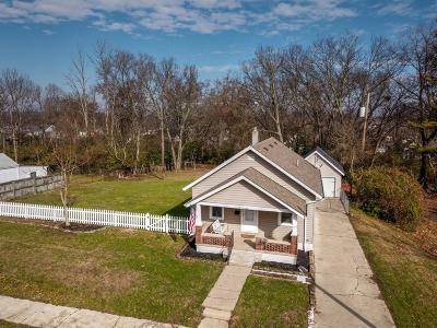 Hamilton Single Family Home For Sale: 614 Coralie Street