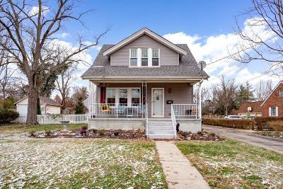 Single Family Home For Sale: 332 E Sharon Road