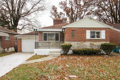 Cincinnati Single Family Home For Sale: 2919 Lawndale Avenue
