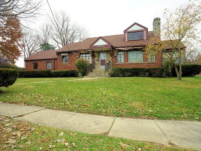 Cincinnati Single Family Home For Sale: 3904 Dickson Avenue