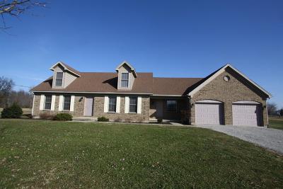 Brown County Single Family Home For Sale: 627 Waynoka Drive