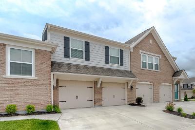 Springboro Condo/Townhouse For Sale: 21 Old Pond Road #14300