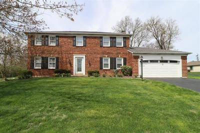 Blue Ash Single Family Home For Sale: 9719 Sycamore Trace Court