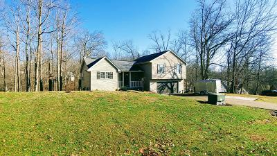 Lawrenceburg Single Family Home For Sale: 21022 Zurich Trail
