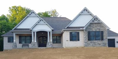 Warren County Single Family Home For Sale: 896 Sanctuary Lane