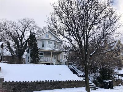 Cincinnati Multi Family Home For Sale: 962 Hawthorne Avenue