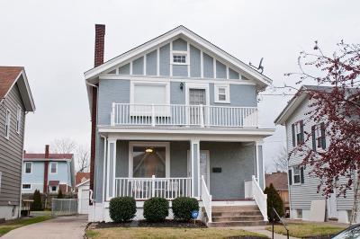 Cincinnati Single Family Home For Sale: 3625 Tamarack Avenue