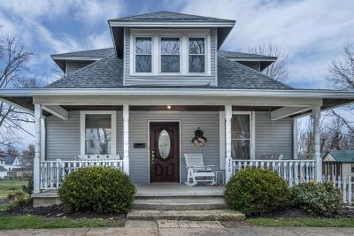 HILLSBORO Single Family Home For Sale: 320 S Elm Street
