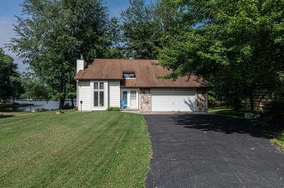 Brown County Single Family Home For Sale: 322 Waynoka Drive