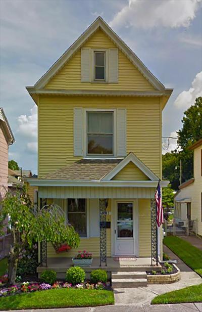 Hamilton Single Family Home For Sale: 1012 Dayton Street