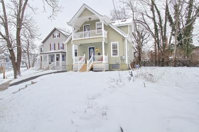 Cincinnati Single Family Home For Sale: 3028 Lavinia Avenue