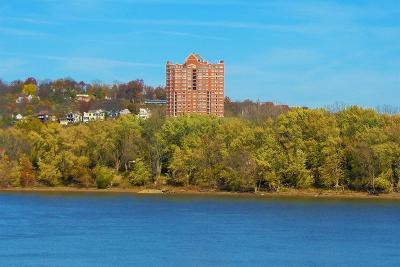 Cincinnati Condo/Townhouse For Sale: 3435 Golden Avenue #403