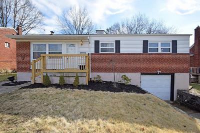 Cincinnati Single Family Home For Sale: 3336 Bellehaven Court