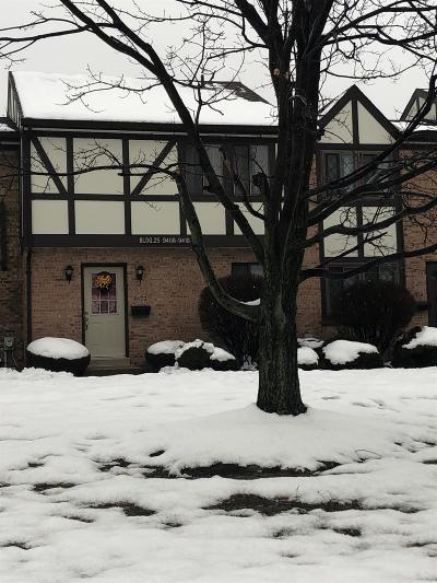 Cincinnati Condo/Townhouse For Sale: 9412 Haddington Court