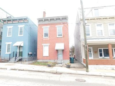 Cincinnati Condo/Townhouse For Sale: 962 Hatch Street