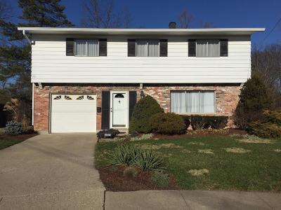 Cincinnati Single Family Home For Sale: 5640 Foxglove Lane