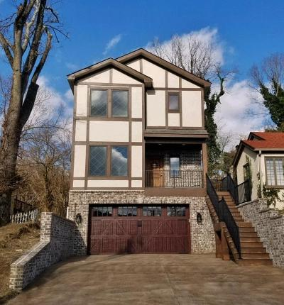 Cincinnati Single Family Home For Sale: 3112 Kinmont Street