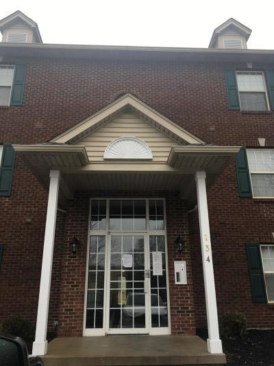 Oxford Condo/Townhouse For Sale: 134 Northridge Drive #2