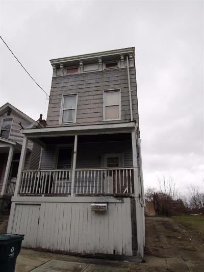 Cincinnati Single Family Home For Sale: 1852 Knox Street