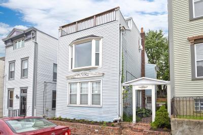 Cincinnati Single Family Home For Sale: 306 Klotter Avenue