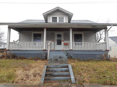 Blanchester OH Single Family Home For Sale: $52,000