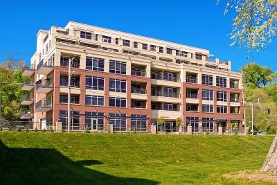 Cincinnati Condo/Townhouse For Sale: 2260 Riverside Drive #404