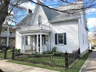 HILLSBORO Single Family Home For Sale: 160 E Main Street