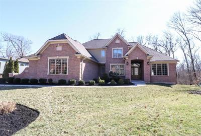 Blue Ash Single Family Home For Sale: 11004 Woodlands Way
