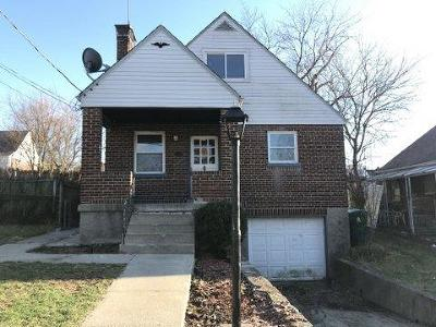 Cincinnati Single Family Home For Auction: 4011 Akochia Avenue