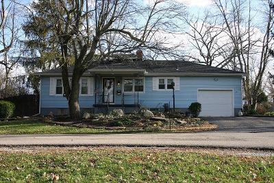 Blanchester OH Single Family Home For Sale: $154,900