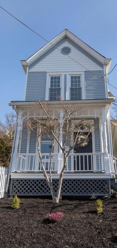 Cincinnati Single Family Home For Sale: 3222 Walworth Avenue