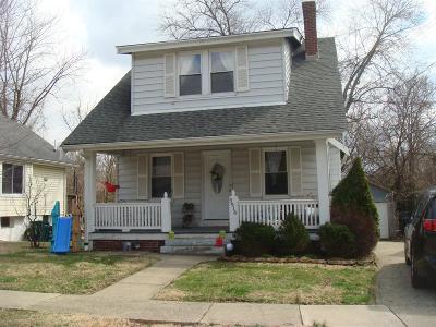 Cincinnati Single Family Home For Sale: 5916 E Woodmont Avenue